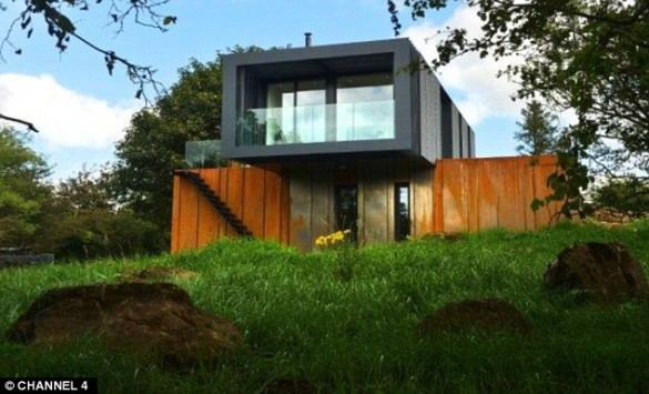 grand-designs-shipping-container-house1